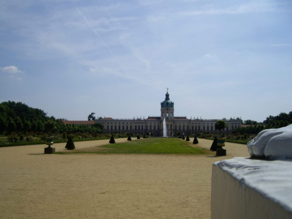 Palacio-Charlottenburg-visto-jardines