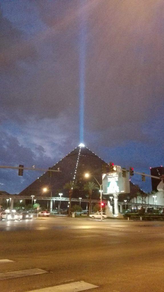 piramide-luxor