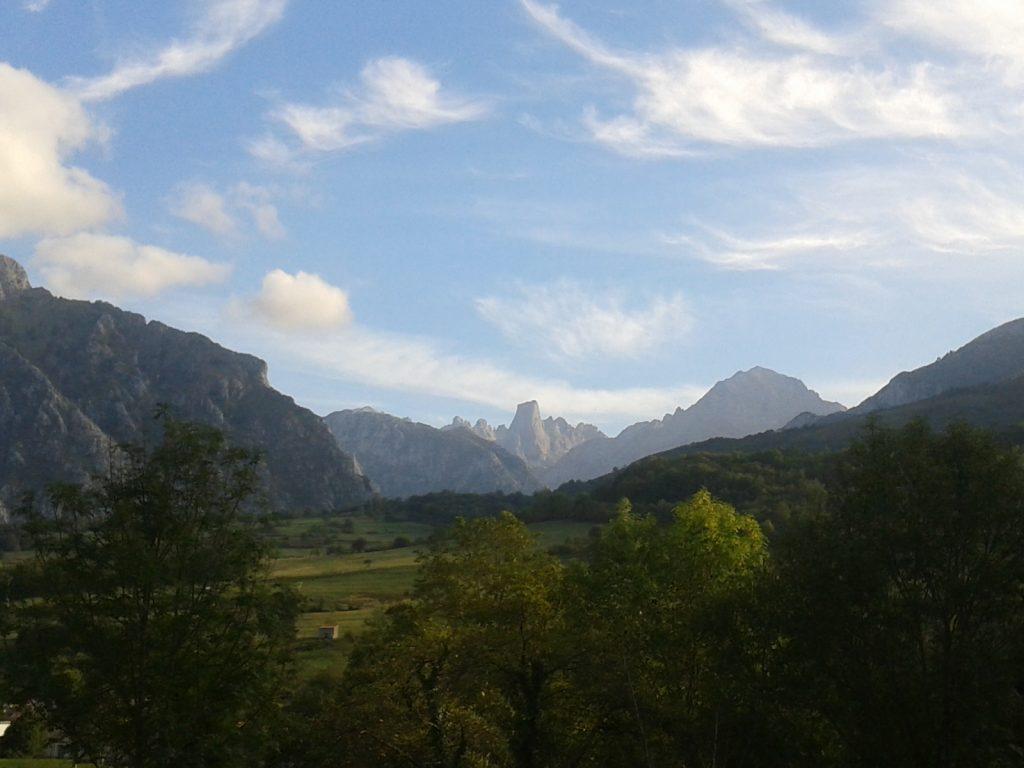 vistas-del-naranjo-de-bulnes