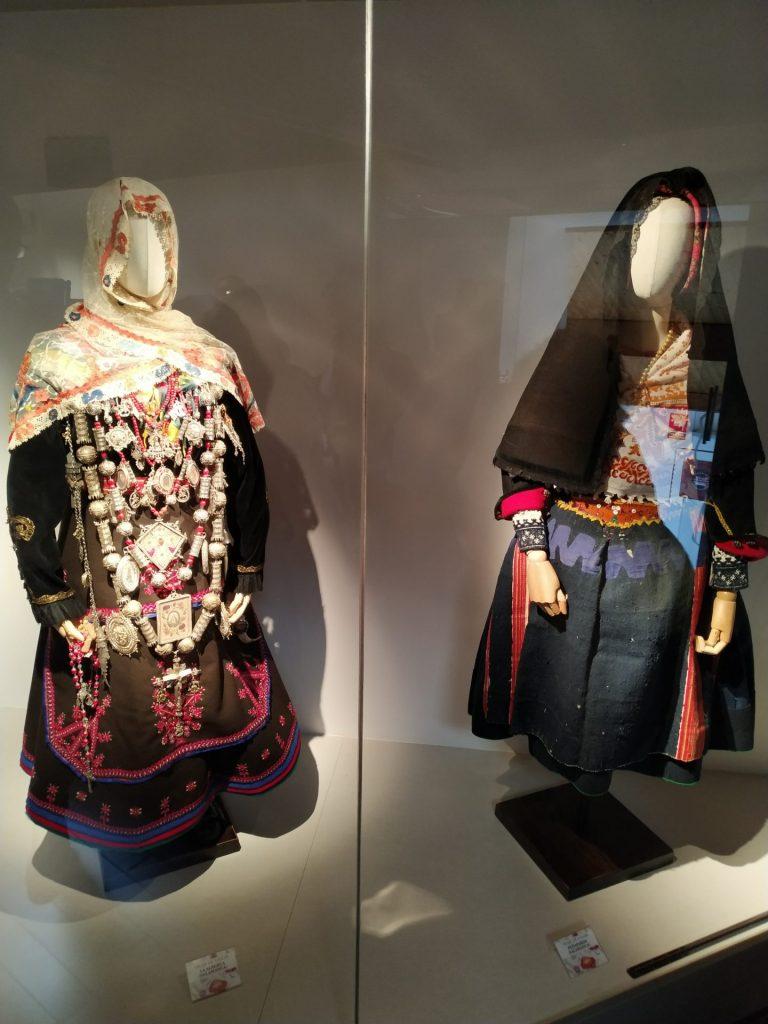 Traje-vistas-la-alberca-traje-casar-peñaparda