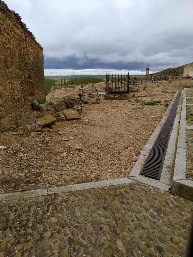 moron-de-almazan-cementerio