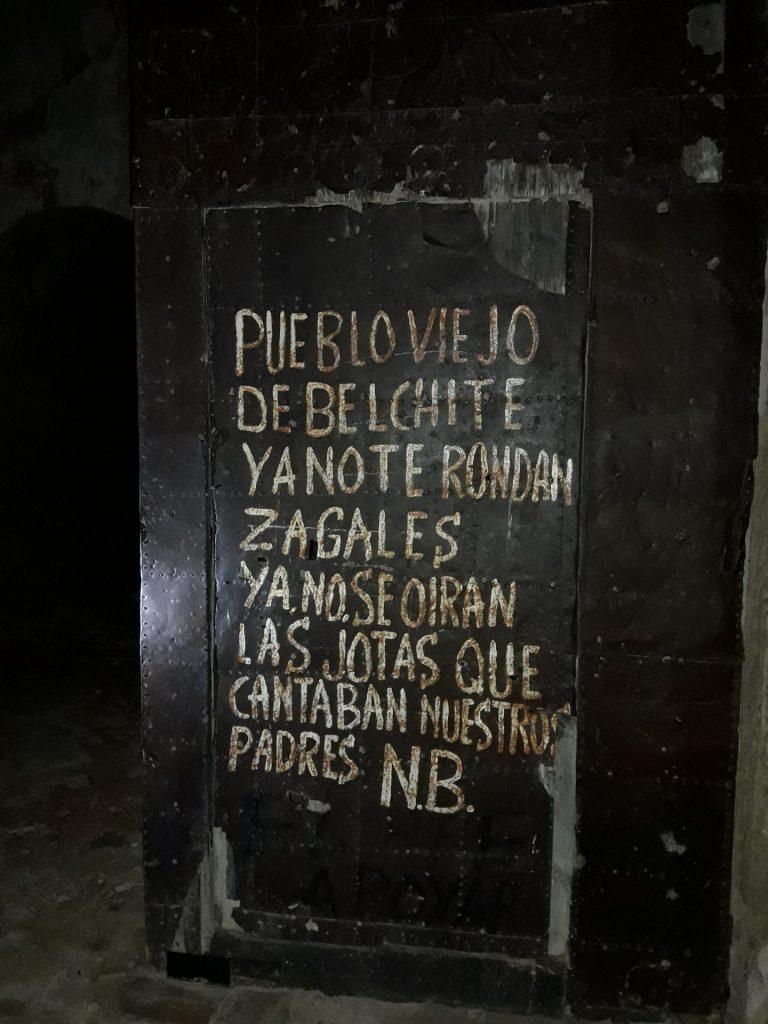 puerta-iglesia
