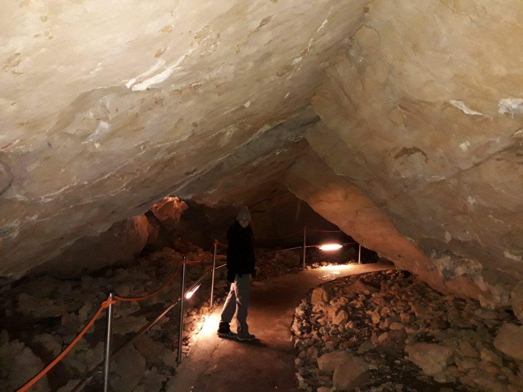 camino-cuevas-villanua