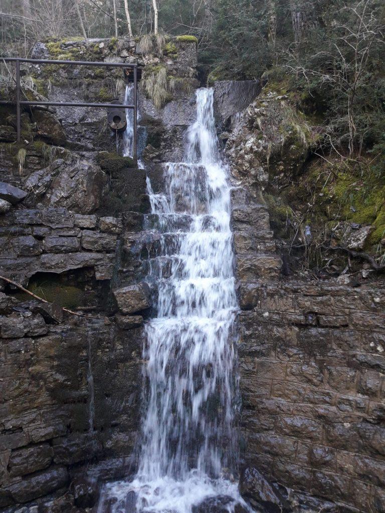 cascada-artificial-canfranc