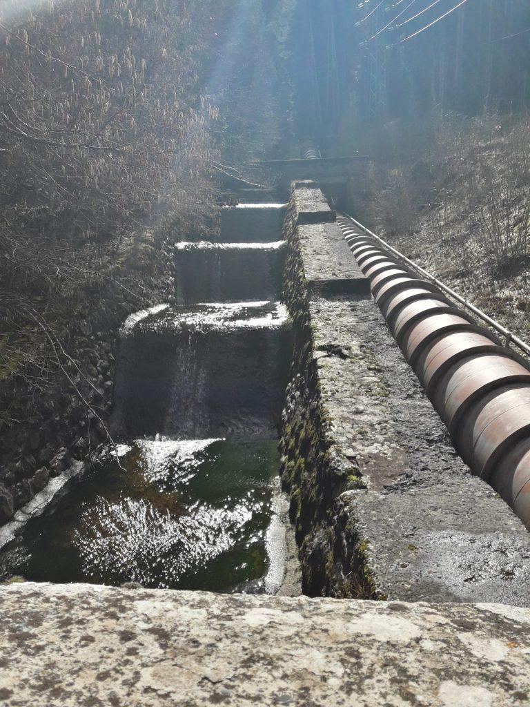 cascada-tuberias-hidroelectrica-canfranc
