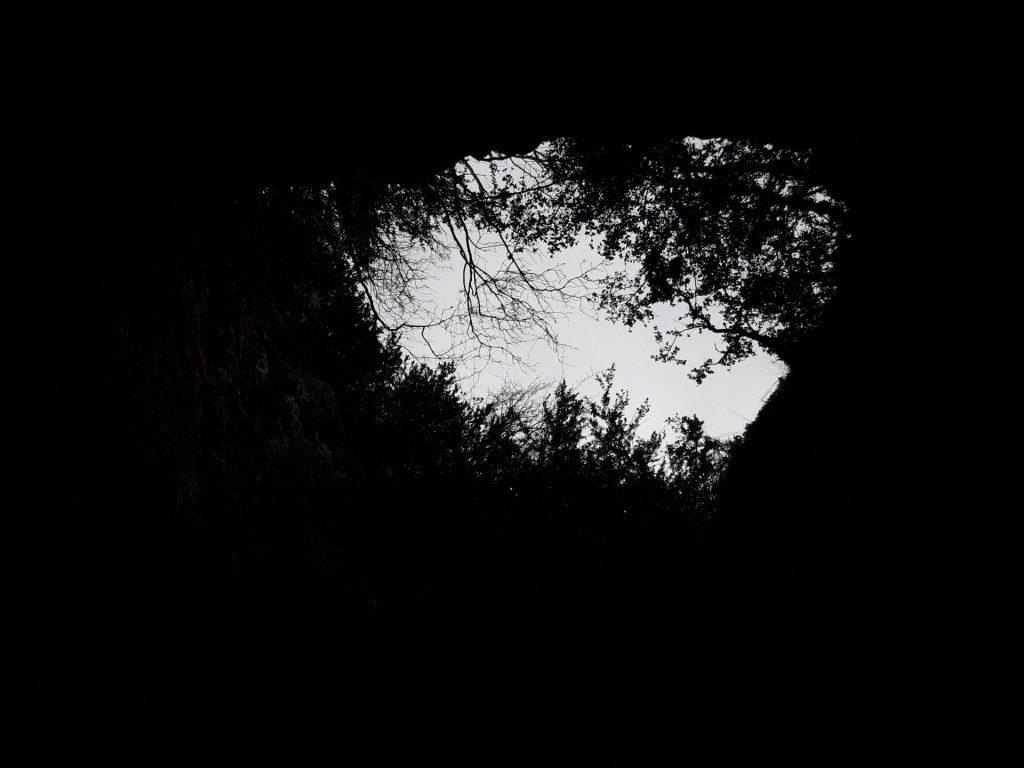 cuevas-villanua-chimenea