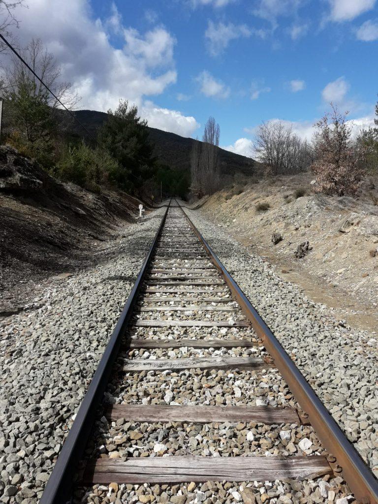 vias-tren-senderismo-huesca