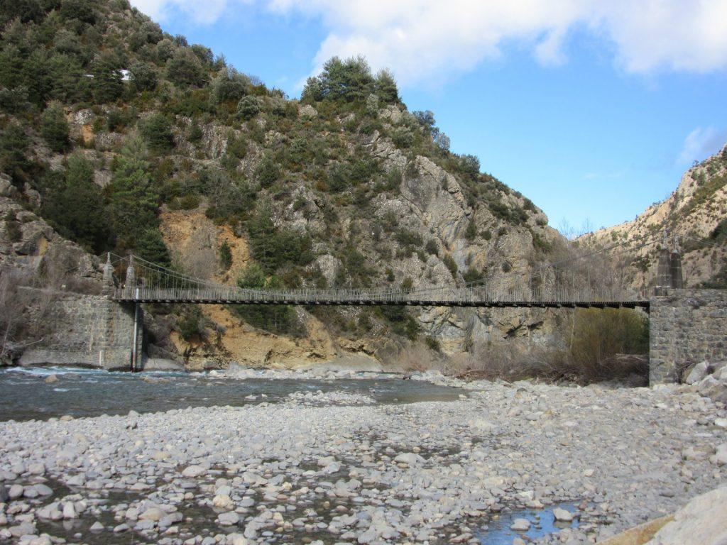 puente-rio-janovas