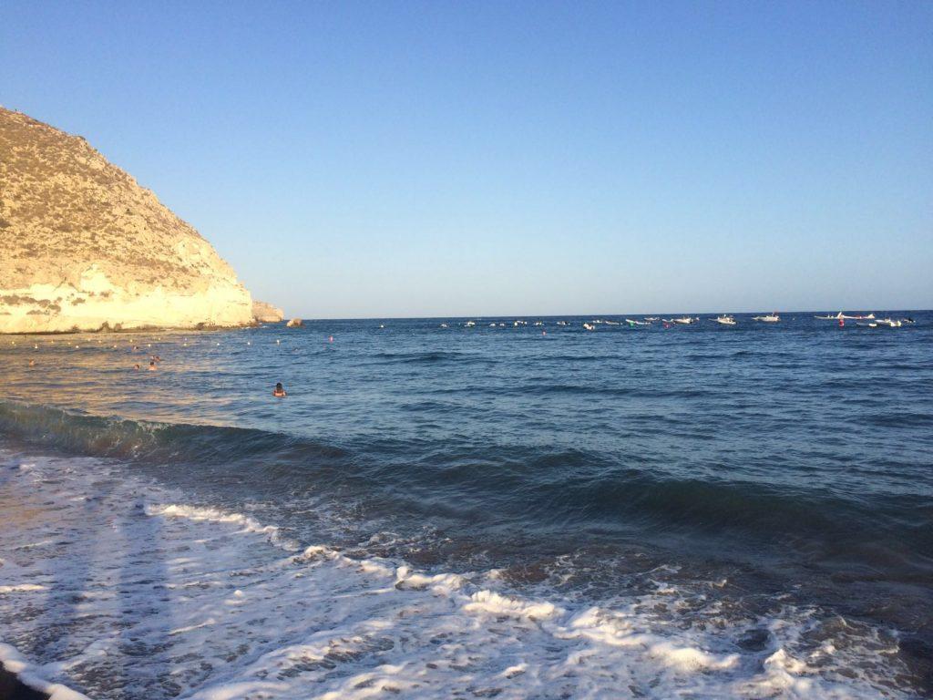playa-agua-amarga (2)