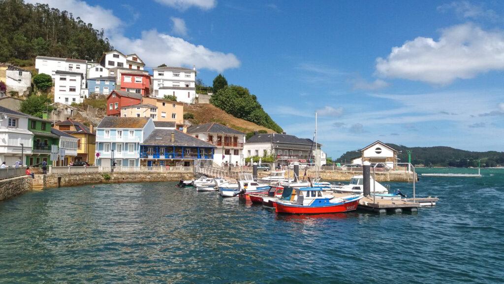 o-barqueiro-galicia-we-collect-postcards